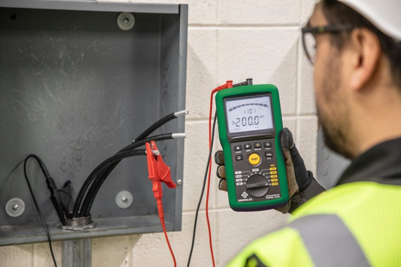 Определение старения оборудования: измерение сопротивления изоляции